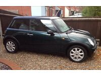 AUTOMATIC MINI COOPER VERY LOW MILEAGE AIR CONDITIONING EXCELLENT CONDITION SERVICE HISTORY AUTO