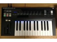 Komplete Kontrol S25 Keyboard inc Decksaver cover and Komplete Select 11 Software