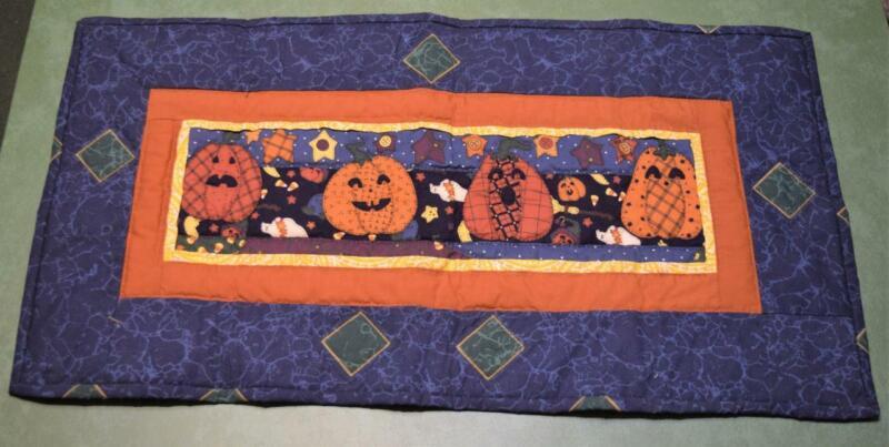 2002 Hand Made Table Mat Runner Halloween Pumpkin Jack-O-Lantern Quilt MINT