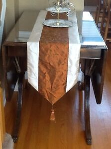 DOUBLE PEDESTAL BRASS FOOTED DUNCAN PHYFE DROP LEAF TABLE4 CHAIR