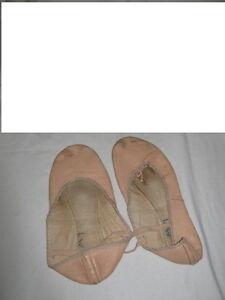 BALLET  SLIPPERS   (Truro)