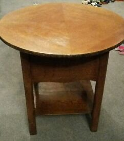 Shabby chic table retro