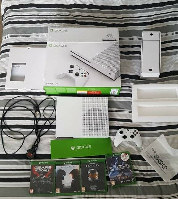 Xbox one s 500GB | in Welling, London | Gumtree Xbox Adapter Fuse on