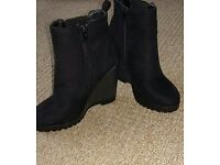 NEW boots size 5 new look