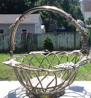TWO  Godinger Silver Plate Wire Grape Leaf Motif Basket Set Large Small