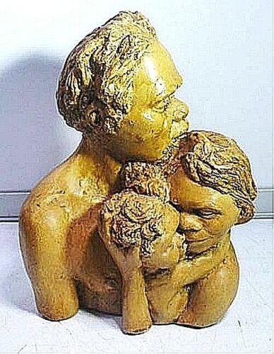 RETRO AUSTRALIA PAT ELVINS  ABORIGINE SCULPTURE ART POTTERY FROM ALICE SPRINGS
