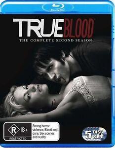 True Blood : Season 2..BLU RAY...NEW & SEALED   dvd510
