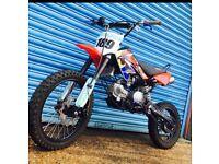 Stomp custom z3 140cc pitbike