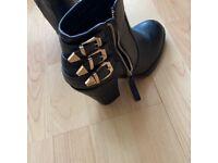 New look heeled boots
