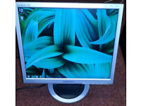 "Samsung 17"" LCD monitor for PC / Laptop / CCTV SECURITY CAMERA - GOOD CONDITION - DELIVERY"
