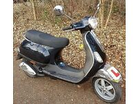 PIAGGIO VESPA LX50 CUSTOM, 1 YEAR MOT, TWIST AND GO 2 STROKE SCOOTER, EXCELLENT CLEAN NIPPY MOPED.