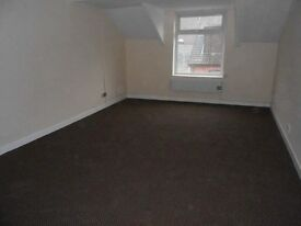2 bed newly refurbished flat