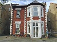1 bedroom flat in Teddington, Middlesex, TW11 (1 bed)
