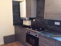 2 bedroom flat in Virginia Rd, New Brighton, CH45 (2 bed) (#1041593)