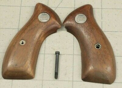 Factory Charter Arms Revolver Undercover, Off Duty, Bulldog Smooth Wood Grips