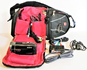 Sony HDR CX-160 HD Camcorder with Swiss Gear Camera Bag - Used