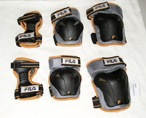 RollerBlade protective wrist gear sets (2)