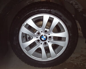 Pneus d'hiver (winter tires) & jantes BMW (wheels)