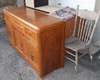 ANTIQUE HUTCH FROM THE 1940'S - BUFFET ANTIQUE