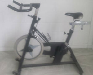 Commercial Fitness Equipment Schwinn Exercise Bike