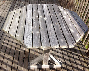 Cedar Octagon Drop-Leaf Picnic Table Weathered Good Quality