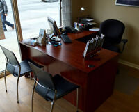 Bilingual Office Clerk at Travel Agency (metro Laurier)