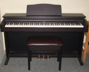 Roland Digital Piano HP147R including Bench Seat