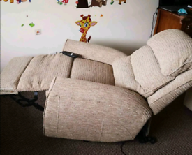 Rise and recline chair in excellent condition, can be delivered