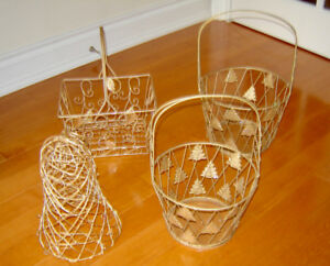 Beautiful Decorative Metal Wire  Baskets