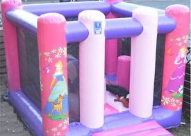 Commercial 10ft X 12.5ft Princess Bouncy Castle (AAA Inflatables) inc PIPA Test, Blower, Pegs & Mat