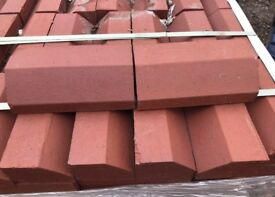 🚧Over-Hanging Red Angle Window Sill Bricks
