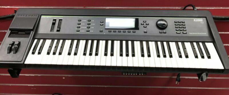 Kurzweil K2000 v3, 61-key digital workstation synthesizer