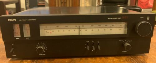 Philips High Fidelity Laberatories 1851 AM/FM Tuner