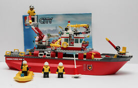 Lego city 7207 Fire boat. All the pieces are there. Maybe a sticker or 2 missing