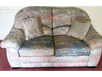 Lovely, hardly used 3 & 2 seater fabric sofa set which is in fantastic condition.