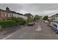 Spacious 3 Bed room modern flat with 1 separate living room in Woodgreen, N22.