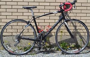 Vélo de vitesse Specialized Dolce