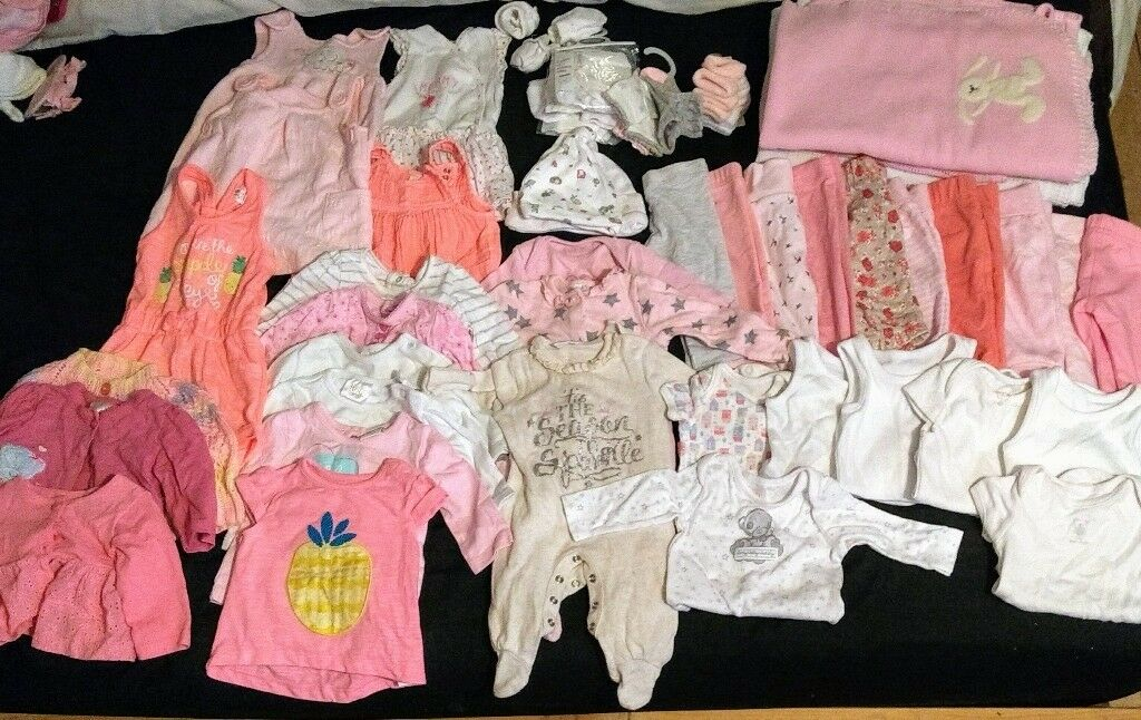 Baby clothes size newborn and upto 1 month