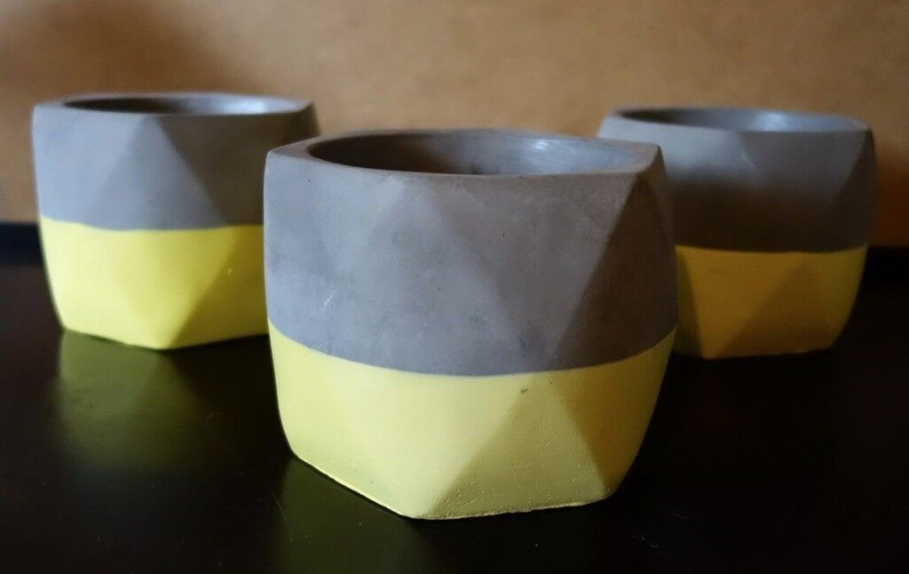 3 x Scandinavian Minimalist Contemporary Style Grey & Yellow Concrete Flower Plant Pots