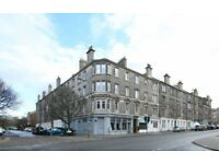Large bright 2 bedroom flat