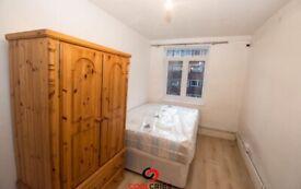 Bedsit in Kember Street, Islington, N1 Ref: 1298