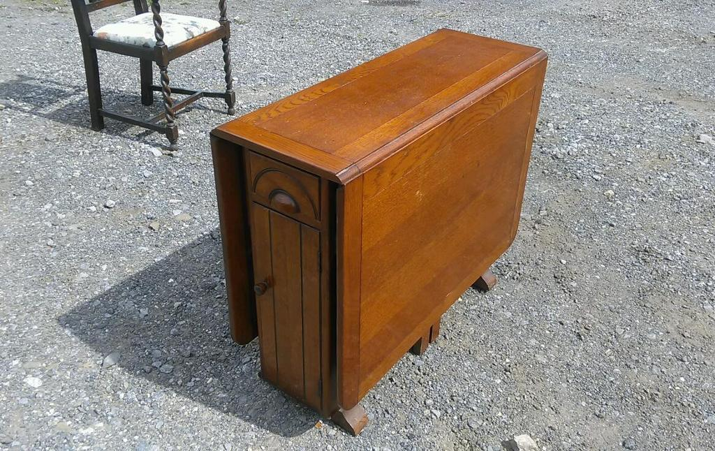 Beautiful Vintage 1940u0027s Drop Leaf Table With Storage