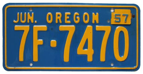 Vintage Oregon 1956 License Plate with 1957 Tab, 7F 7470, Nice Quality