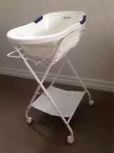 Baby bath with stand Boronia Knox Area Preview