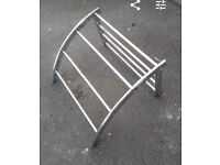 Towel Rack (D-shaped) in chrome finish