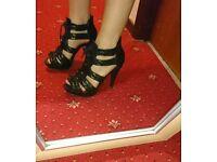New look black heels size 6