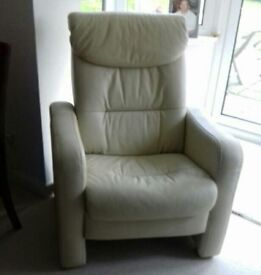 CreamLeather recliner chair