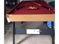 6ft Pool / Snookee table *folding*