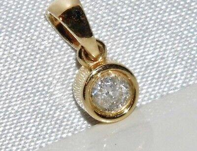 BEAUTIFUL 9 CT YELLOW GOLD 0.15ct DIAMOND SOLITAIRE PENDANT