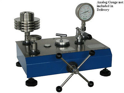 Hydraulic Dead Weight Tester Range 700 Bar Accuracy 0.05 Rdg Dual Piston